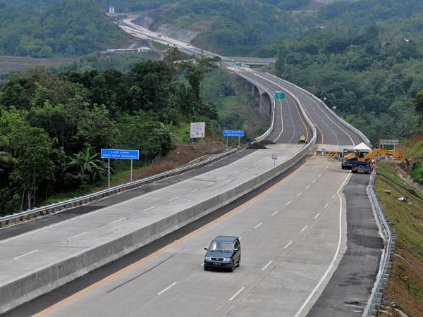 Bangun Tol Sepanjang 1.000 Kilometer, Pemerintah Siapkan Anggaran Rp 313 Triliun