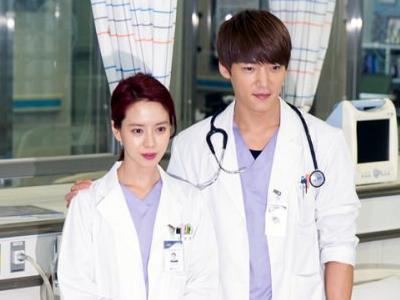 Jelang Episode Akhir, Song Ji Hyo & Choi Jin Hyuk Tetap Lengket di Luar Syuting!