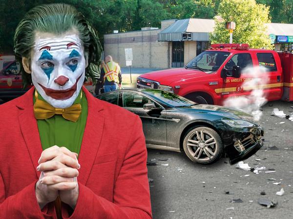 Joaquin Phoenix Alami Kecelakaan Mobil, Bukti Kutukan Joker Benar Ada?