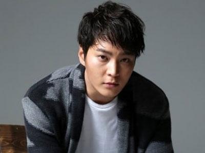 Ini Alasan Mengapa Aktor Joo Won Selalu Naksir Lawan Mainnya