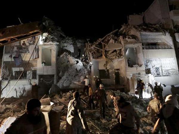 Digempur 2 Hari, 90 Orang Tewas Jelang Idul Adha di Suriah