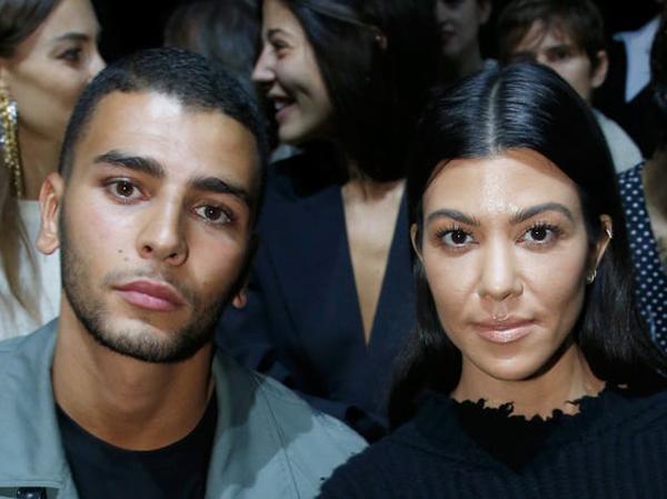 Susul Kylie, Khloe dan Kim, Kourtney Kardashian Dikabarkan Sedang Hamil!