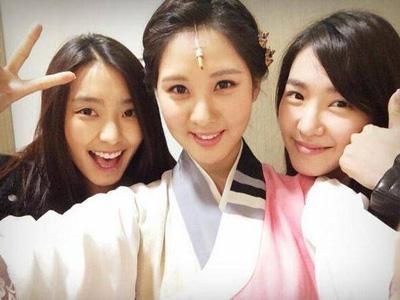 Beri Dukungan, Tiffany SNSD dan Member SISTAR Hadiri Musikal Perdana Seohyun!