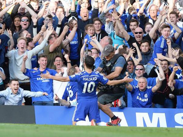 Penggemar Chelsea dan MU Diklaim Miliki Wajah Terburuk Dibanding Penggemar Klub Lainnya