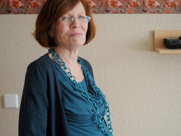 Wanita 65 Tahun Asal Jerman Sukses Lahirkan Bayi Kembar Empat!