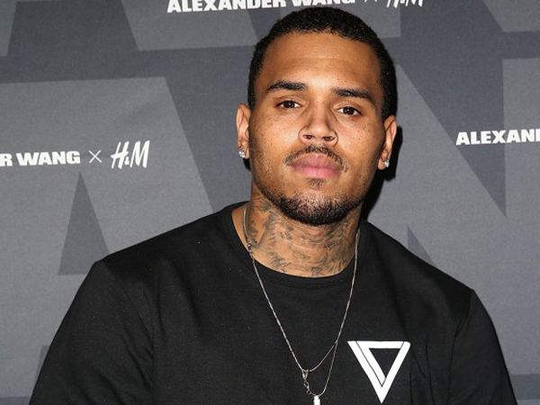 Duh, Lima Penonton Terkena Luka Tembak di Konser Chris Brown!