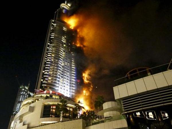 Hotel Mewah di Dubai Terbakar Saat Perayaan Malam Tahun Baru