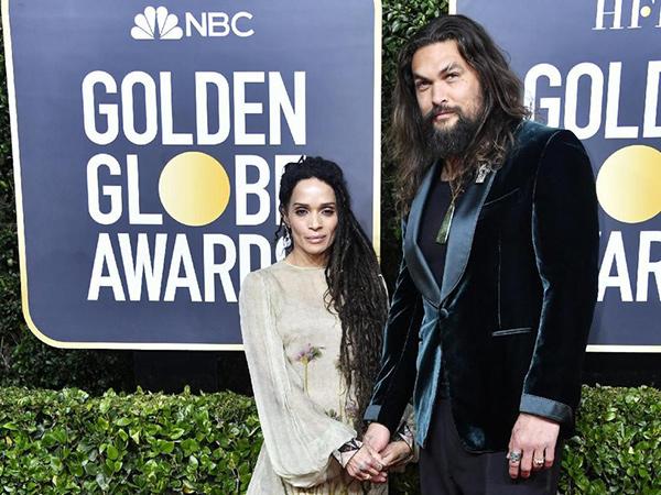 Alasan Romantis Jason Momoa Hanya Pakai Singlet di Golden Globes 2020