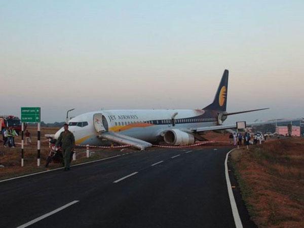 Mendadak Berputar Saat Baru Take Off, Para Penumpang Pesawat Ini Alami Patah Tulang