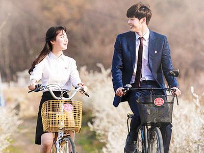 Wah, Lee Jong Suk & Jin Se Yeon Kembali Terlihat Berkencan Bersama!