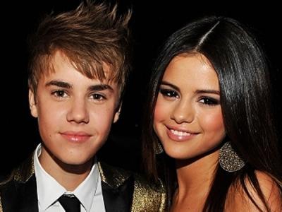 Ajak Selena Gomez Tur Bareng, Justin Bieber Punya Misi Tersendiri?