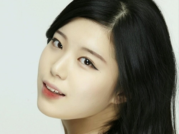 Alami Kecelakaan, Rekan Akting Eunji A-Pink Dalam Drama 'Cheer Up' Meninggal Dunia