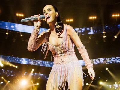 Spice Girls Jadi Inspirasi Kostum Panggung Katy Perry