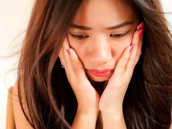 Merasa Galau Meski Tak Sedang Patah Hati? Ternyata Ini Penyebabnya
