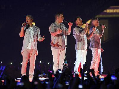 Westlife the Farewell Concert, Tetap Seru Walau Tidak Nonton Secara Langsung