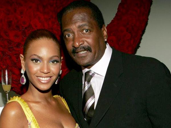 Konfirmasi Kelahiran Cucu Kembarnya, Ayah Beyonce Knowles Diprotes!
