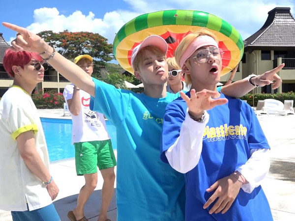 BTS Buka Perayaan Anniversary ke-7 dengan Video 'Airplane Pt. 2' Summer Version