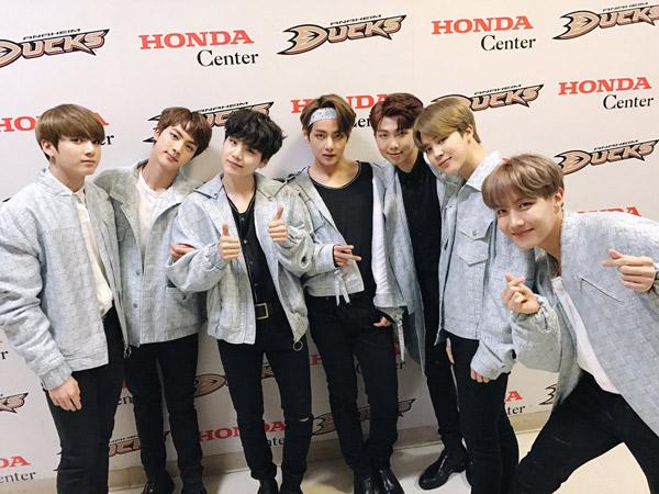 Jelang Konser Perdana di Jakarta, BTS Antusias Sapa Fans Pakai Bahasa Indonesia