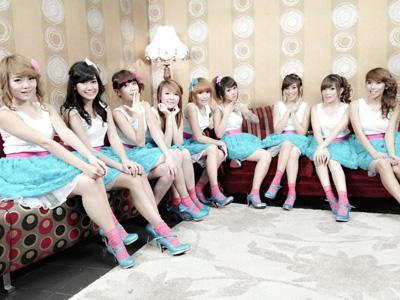 Wah, Girlband Indonesia Cherrybelle Pecahkan Rekor Muri!