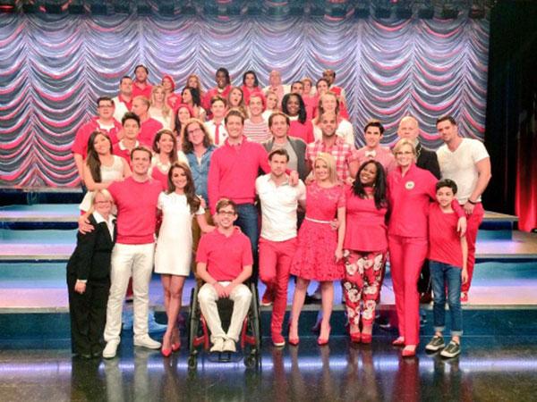 Ini Dia Foto-foto dari Hari Syuting Episode Terakhir Glee