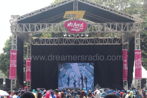 Yuk, Intip Keseruan Mini Stage Dreamers Radio di Mahakarya RCTI25!
