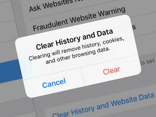 Hati-hati Gunakan Internet dan Media Sosial, Jejak Digital Ibarat 'Pisau Bermata Dua'