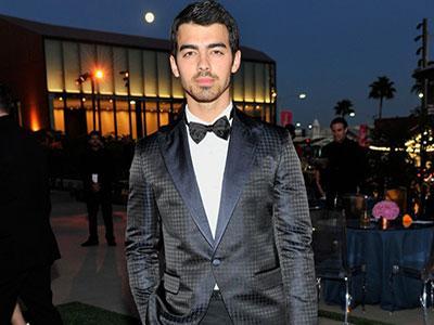 Joe Jonas Ungkap Tekanan Berat yang Dialaminya Saat Jadi Bintang Disney