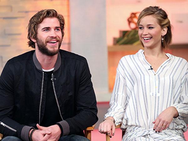 Liam Hemsworth Tak Suka Cium Jennifer Lawrence Karena Bau Bawang?