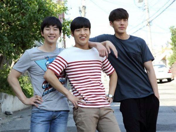 Tiga Aktor Korea Tampan Sambut Tahun Baru Dengan Cuplikan Segar Untuk 'Twenty'