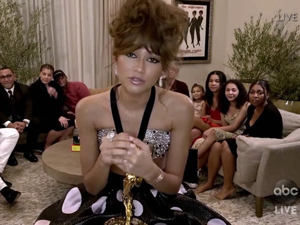 Zendaya Cetak Sejarah Baru, Ini Daftar Lengkap Pemenang Emmy Awards 2020