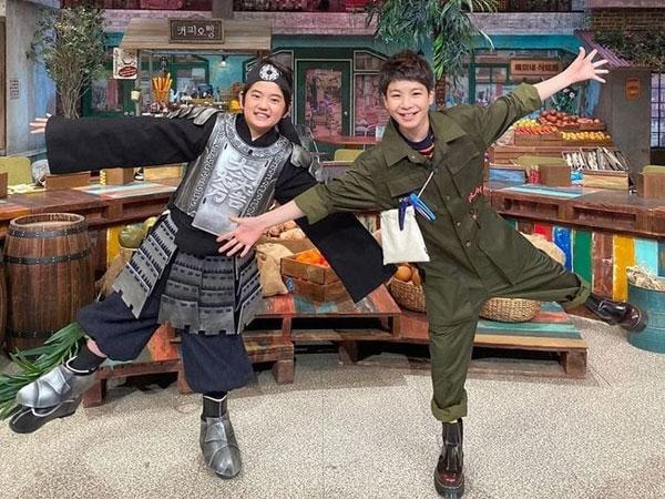 'Amazing Saturday' Minta Maaf Atas Kontroversi Kostum Kim Kang Hoon