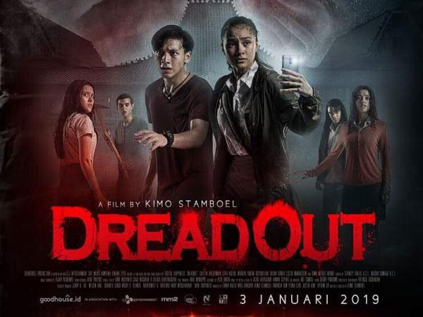 Aktris yang Ternyata Ada Di Balik Sosok Wanita Kebaya Merah Film Horor 'DreadOut', Bagaimana Pengalaman Serunya?