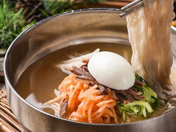 Intip 5 Makanan yang Wajib Dicicipi Saat ke Busan Selain Hidangan Laut
