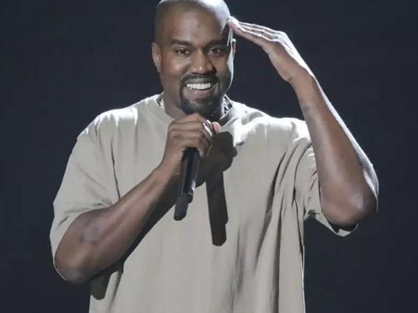 Kanye West Bocorkan Album Baru, Rilis Jumat Ini
