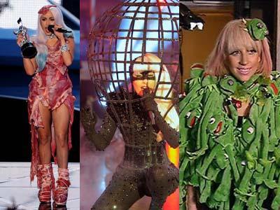 Lady Gaga Dijuluki Orang Berkostum Teraneh