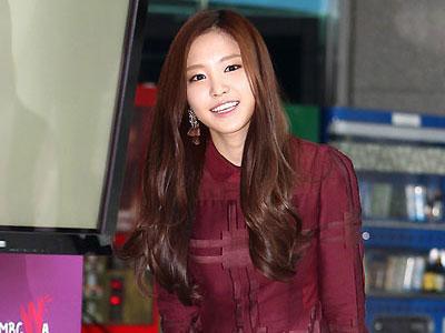 Na Eun A-Pink Tak Mau Berpisah Dengan Taemin SHINee?