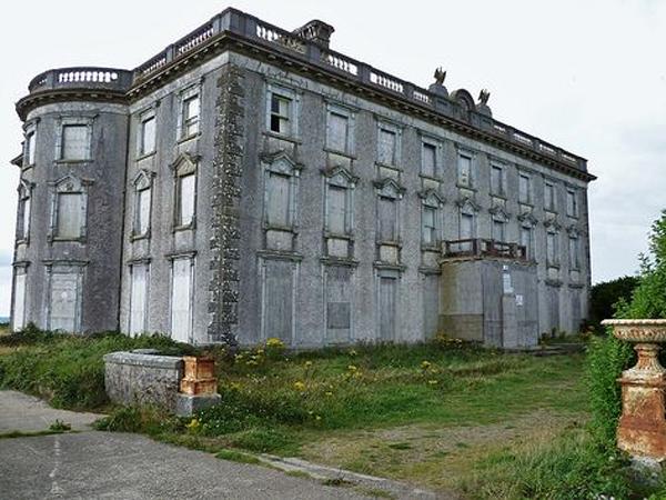 Rumah Paling Berhantu di Irlandia Dijual 'Murah', Tertarik Membeli?