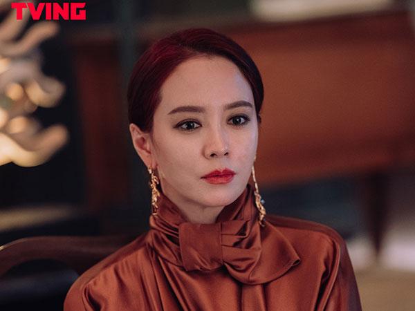 Kesulitan Song Ji Hyo Perankan Penyihir di Drama 'The Witch Dinner'