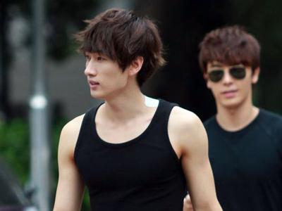 Siapakah Wanita Yang Ingin Diajak Kencan Oleh Eunhyuk Super Junior?