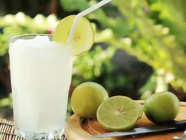 Alternatif Lemon, Minum Air Jeruk Nipis di Pagi Hari Juga Banyak Manfaat