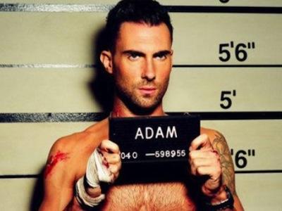 Foto-foto : Beginilah Wajah Adam Levine Saat Masih SMA!