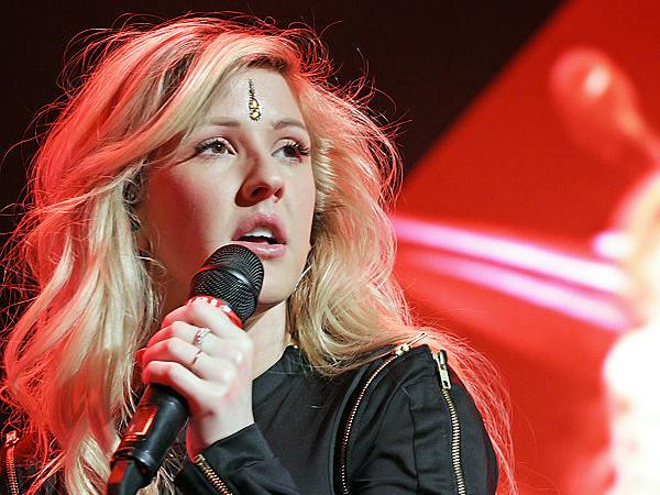 Wah, Ellie Goulding Nyaris Gelar 'Konser' Dadakan di Pesawat!