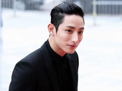 Model-Aktor Lee Soo Hyuk Buat Fans Berdebar Hadirkan 'Model F4' Di Style Log