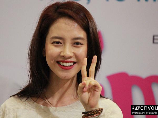 Lucunya, Song Ji Hyo dan Sang Adik Saat Pamer Kaset Video Favoritnya Dalam 'Running Man'