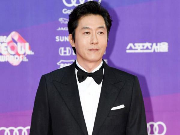 Tiga Hari Sebelum Kecelakaan, Kim Joo Hyuk Baru Terima Penghargaan Bergengsi Ini