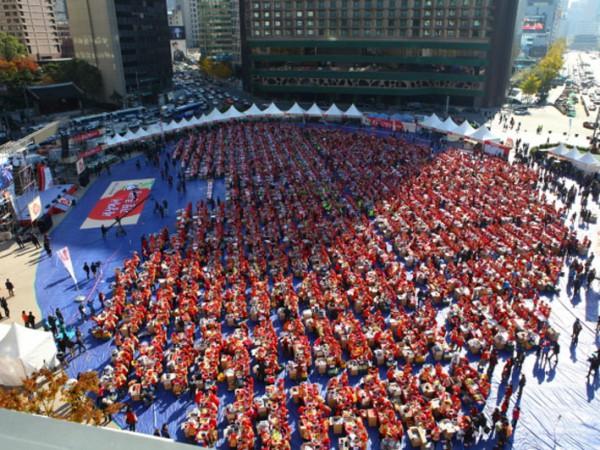 Korea Selatan Siap Gelar 2014 Seoul Kimchi Making and Sharing Festival