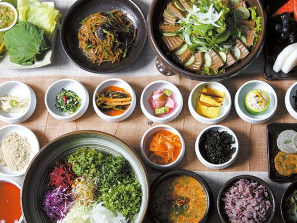 Sambut Musim Dingin, Ini Makanan yang Sering Dimakan oleh Orang Korea