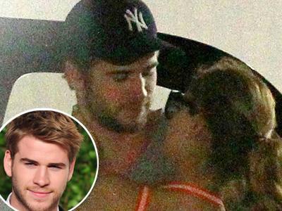 Sehari Putus dari Miley, Liam Hemsworth Mesra dengan Perempuan Lain