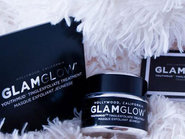Review : GlamGlow Youthmud Tinglexfoliate Treatment