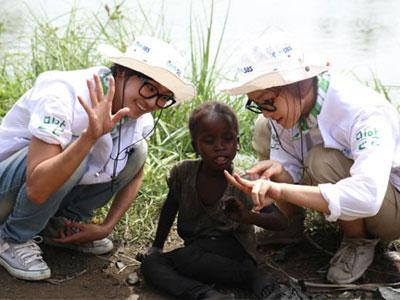 Hyorin dan Soyu Sistar Berangkat Ke Liberia Untuk Hope TV